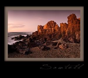 sawtell rocks